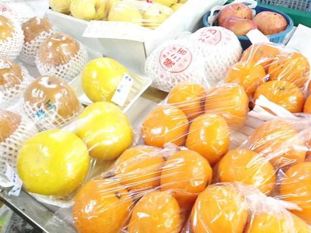 佐々木商店さんの果物